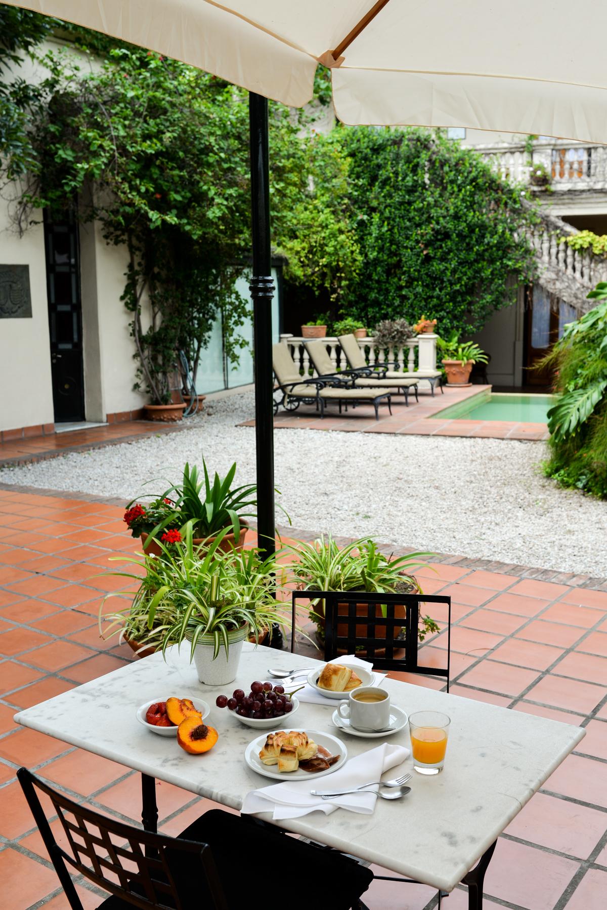 Stacie-Flinner-San-Isidro-Hotel-Del-Casco-4