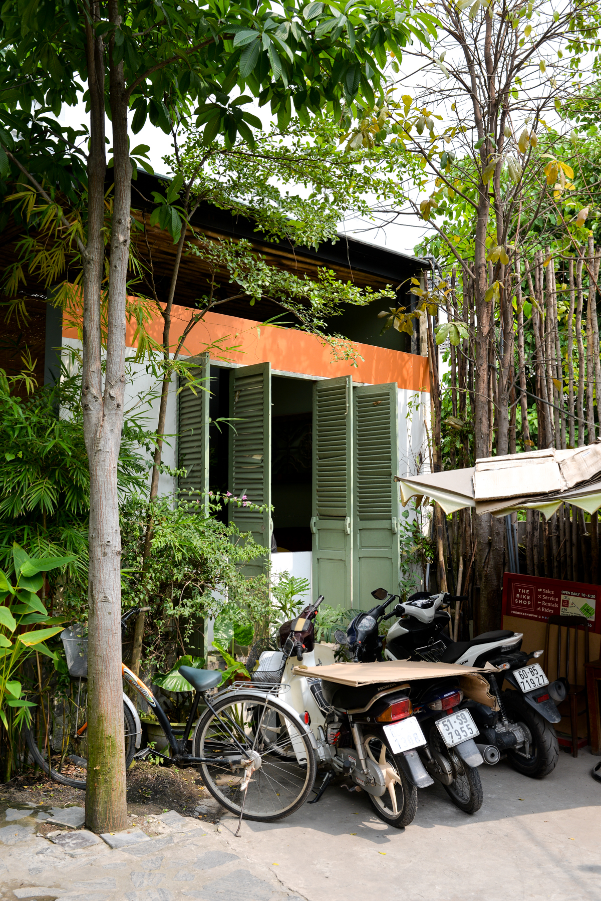 Stacie Flinner x Hotel Des Arts Saigon CNJohansens-49