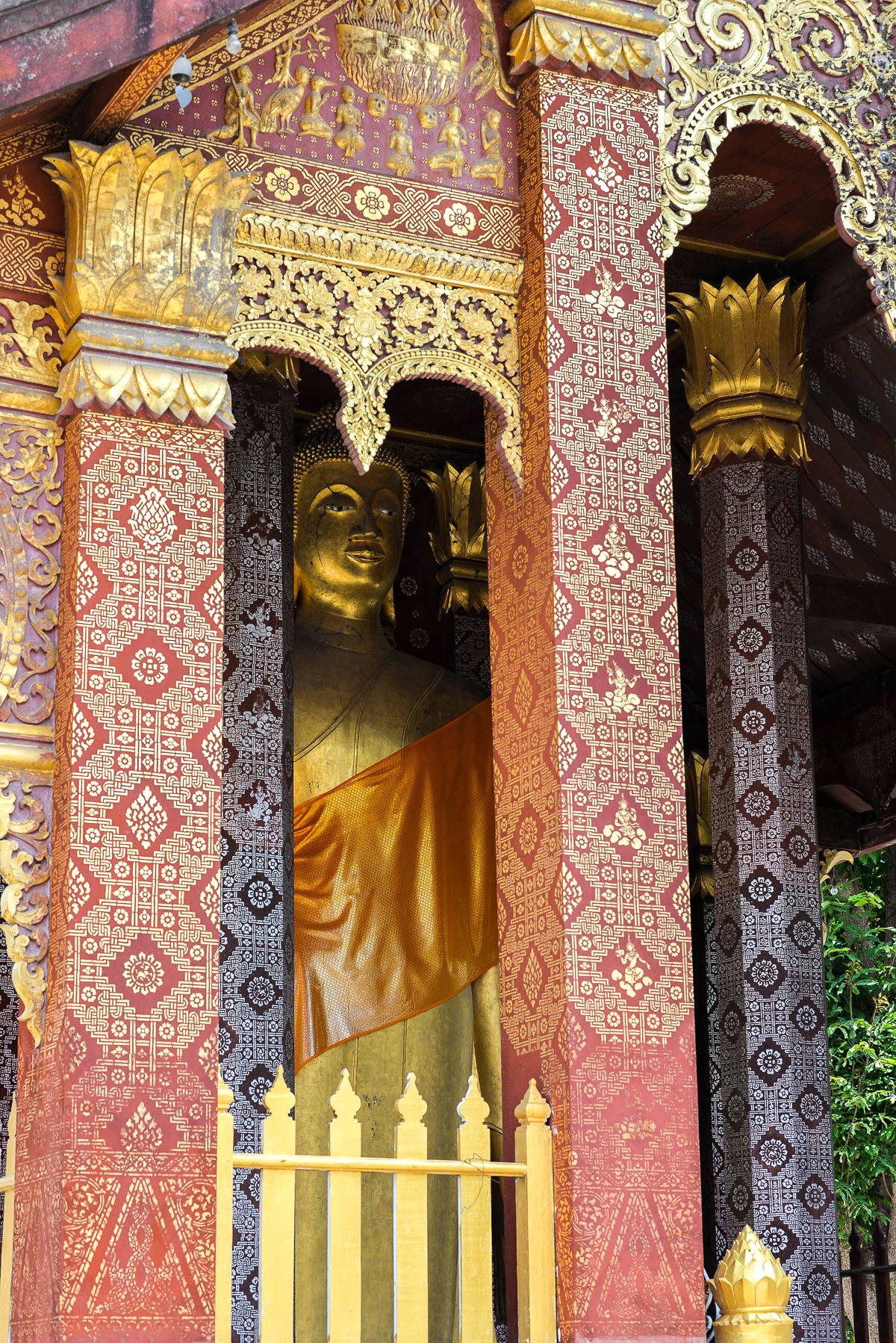 Stacie Flinner 3 Nagas Complete Guide to Luang Prabang-152.jpg