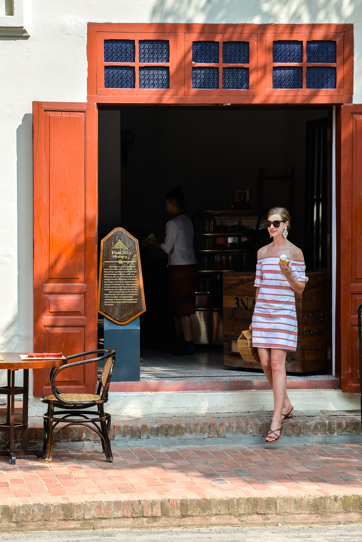 Stacie Flinner 3 Nagas Complete Guide to Luang Prabang-69