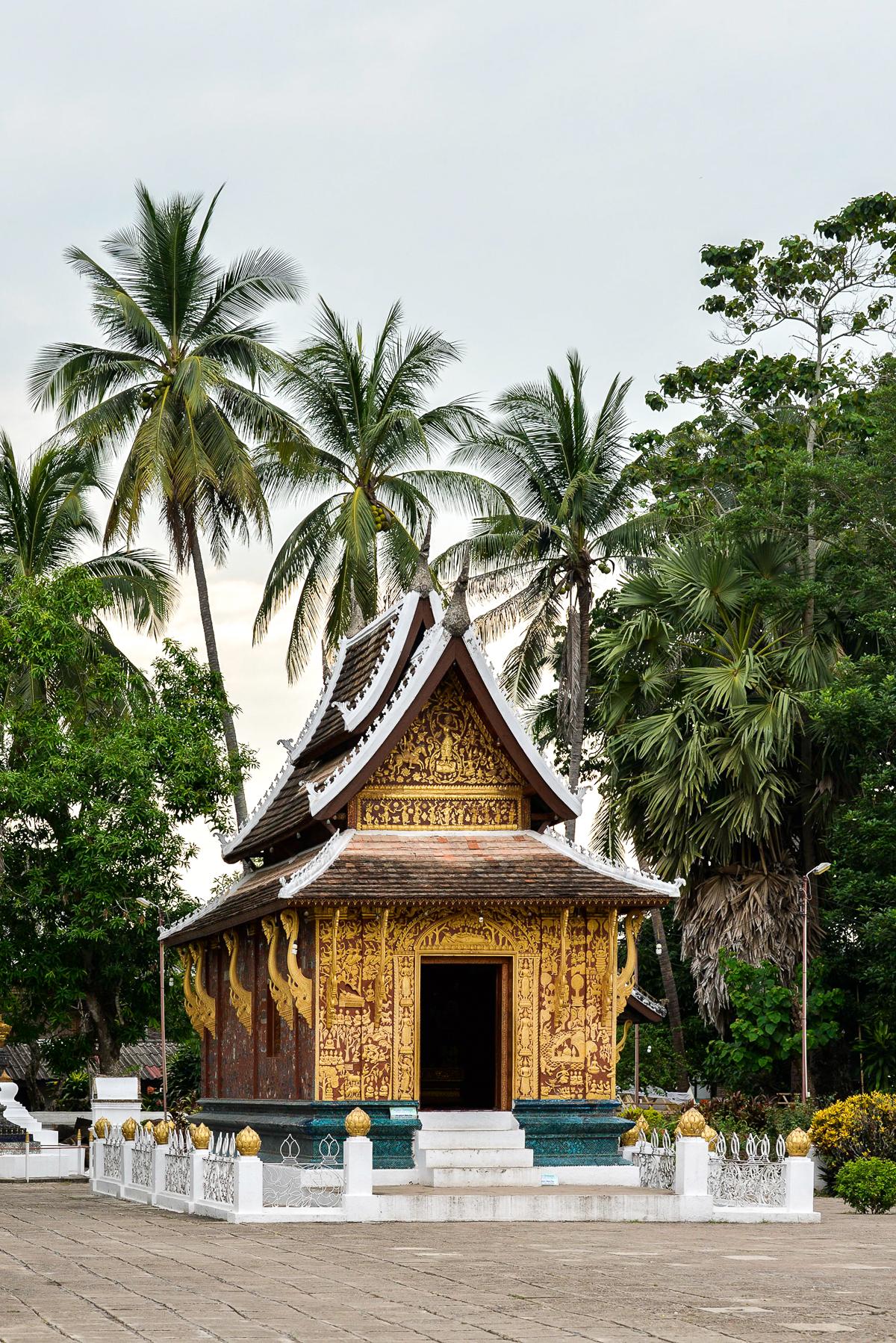 Stacie Flinner 3 Nagas Complete Guide to Luang Prabang-93.jpg