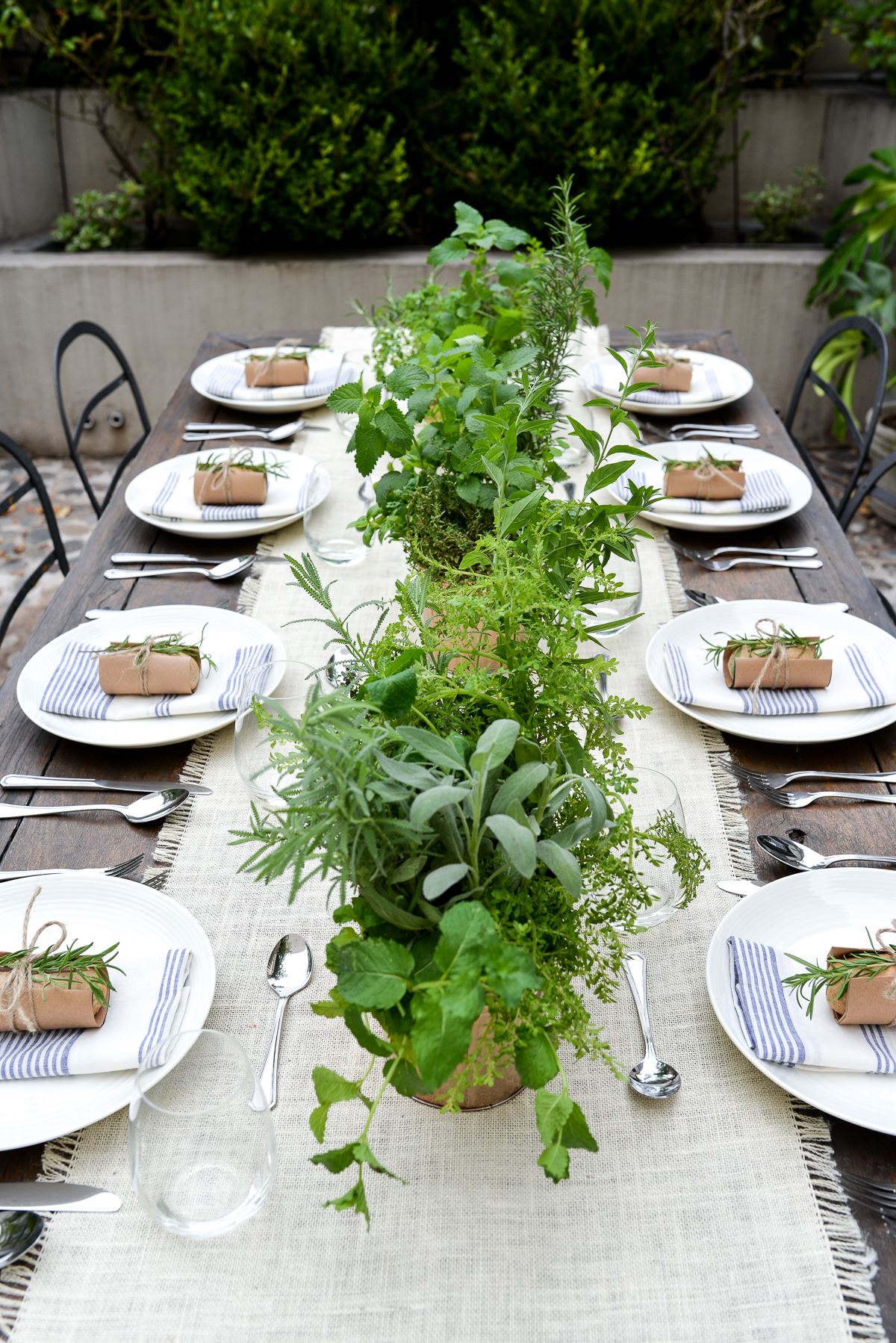 Stacie Flinner Black Twine Summer Garden Party Blueprint-19