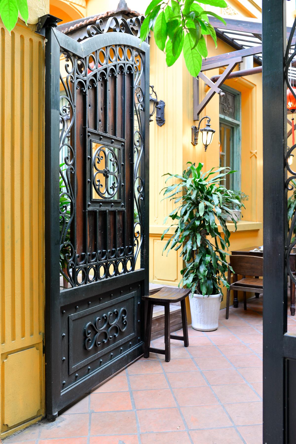 Stacie Flinner Fine Dining Vietnamese Restaurants Hanoi-7