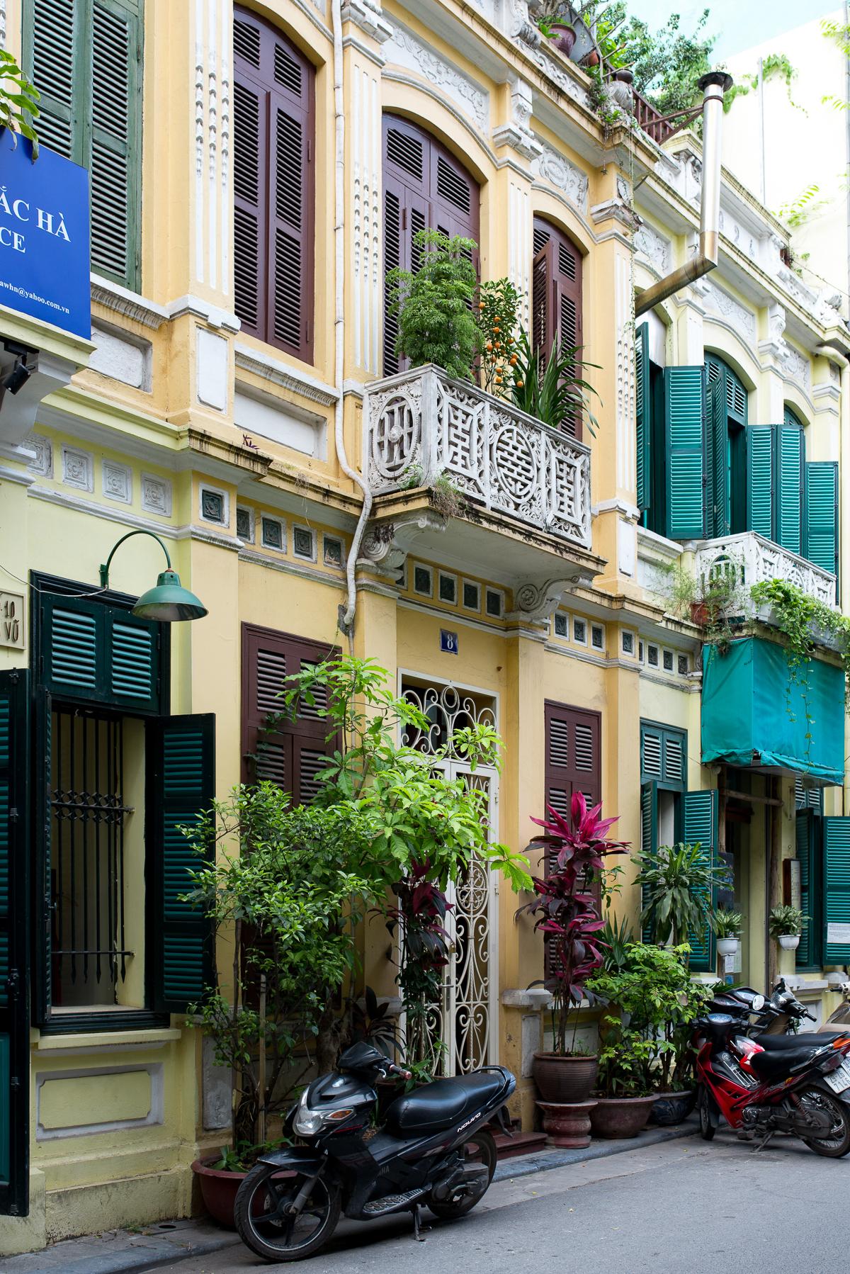 Stacie Flinner Hanoi Vietnam City Streets-6