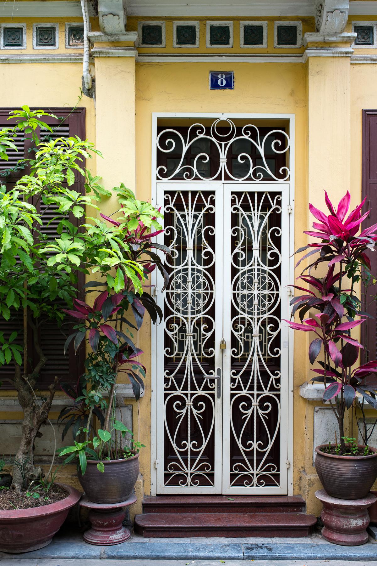 Stacie Flinner Hanoi Vietnam City Streets-7