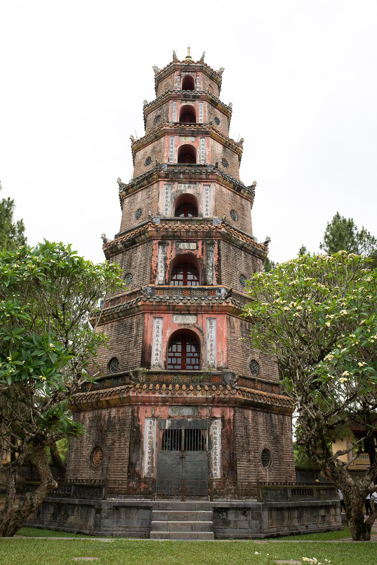 Stacie Flinner La Residence Hue Web-35.jpg