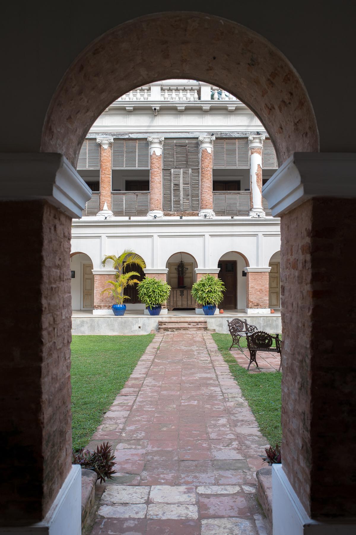 Stacie Flinner The Rajbari Bawali Heritage Hotel Calcutta-102.jpg