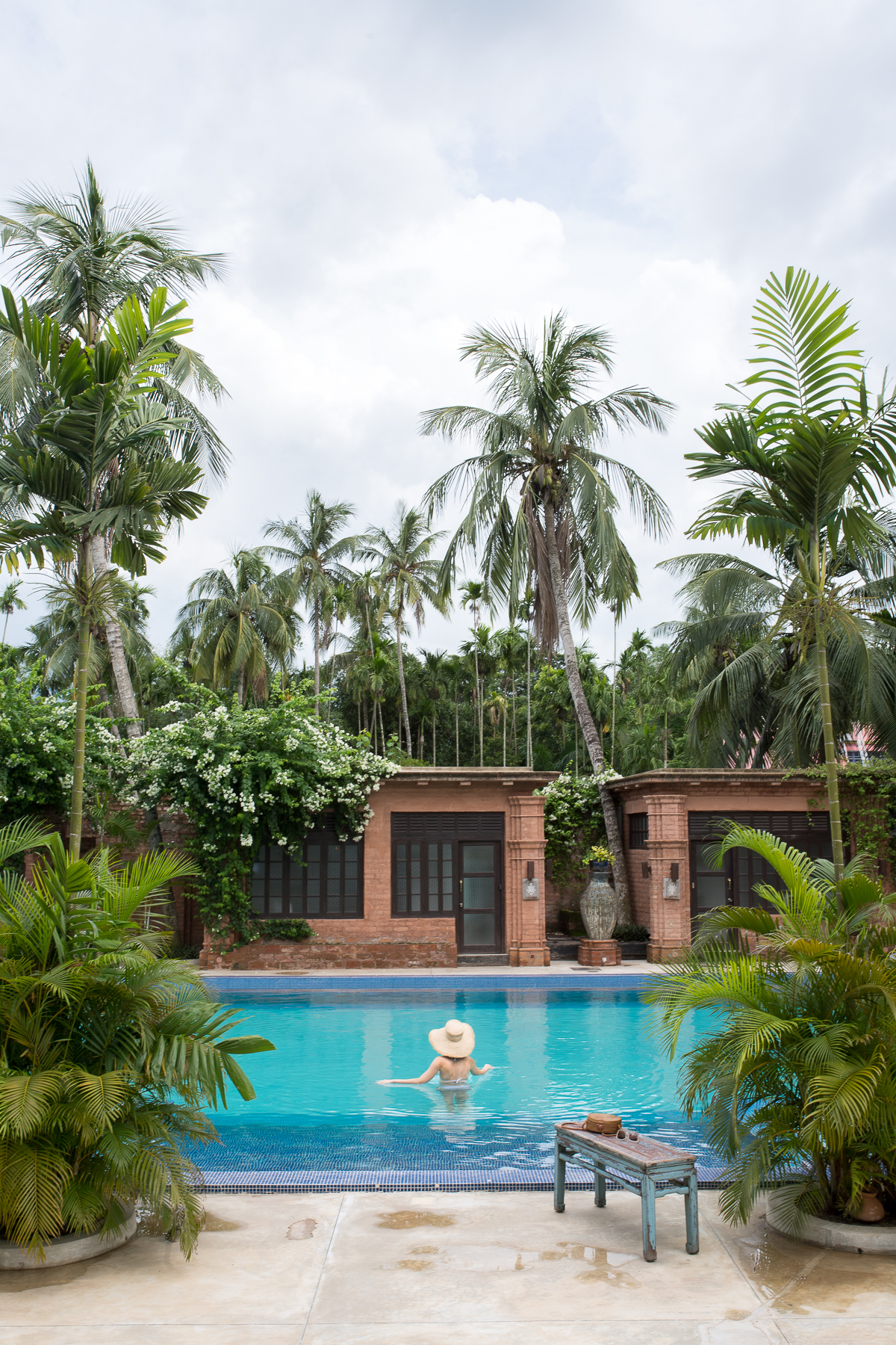 Stacie Flinner The Rajbari Bawali Heritage Hotel Calcutta-63.jpg