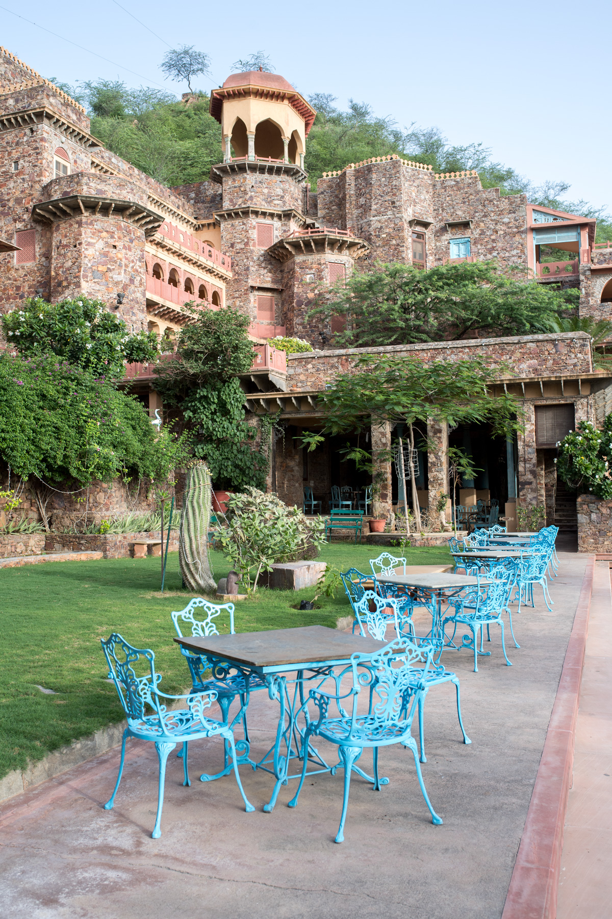 Stacie Flinner Neemrana Fort Palace India -6.jpg