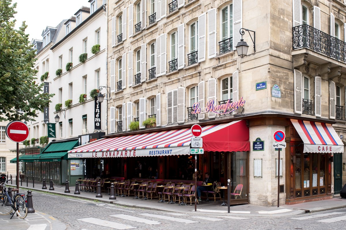 Stacie Flinner Best Paris Cafes-3.jpg