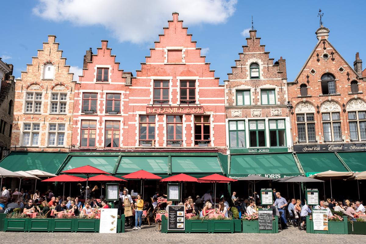 Stacie Flinner Brugge City Guide-15.jpg