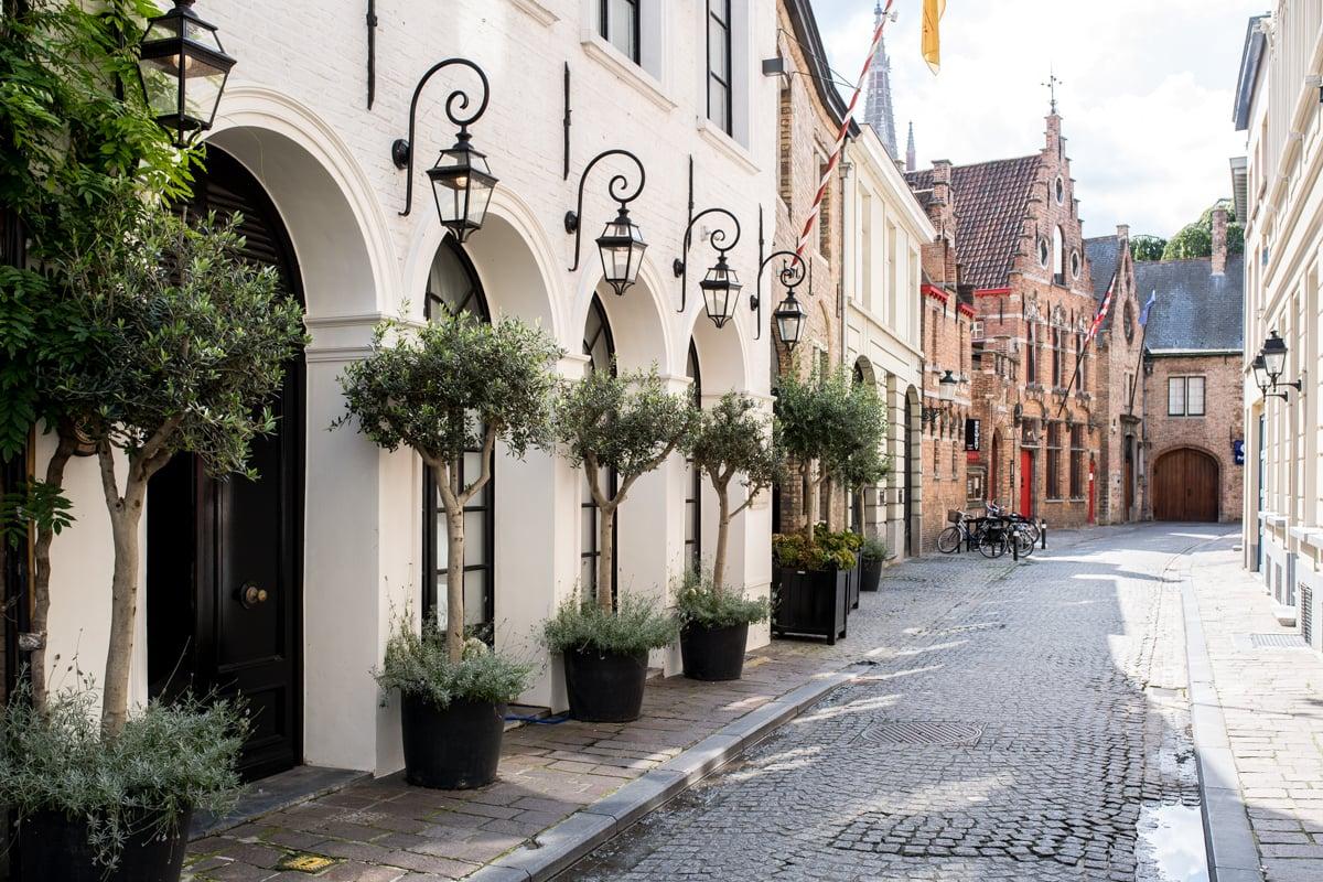 Stacie Flinner Brugge City Guide-16.jpg