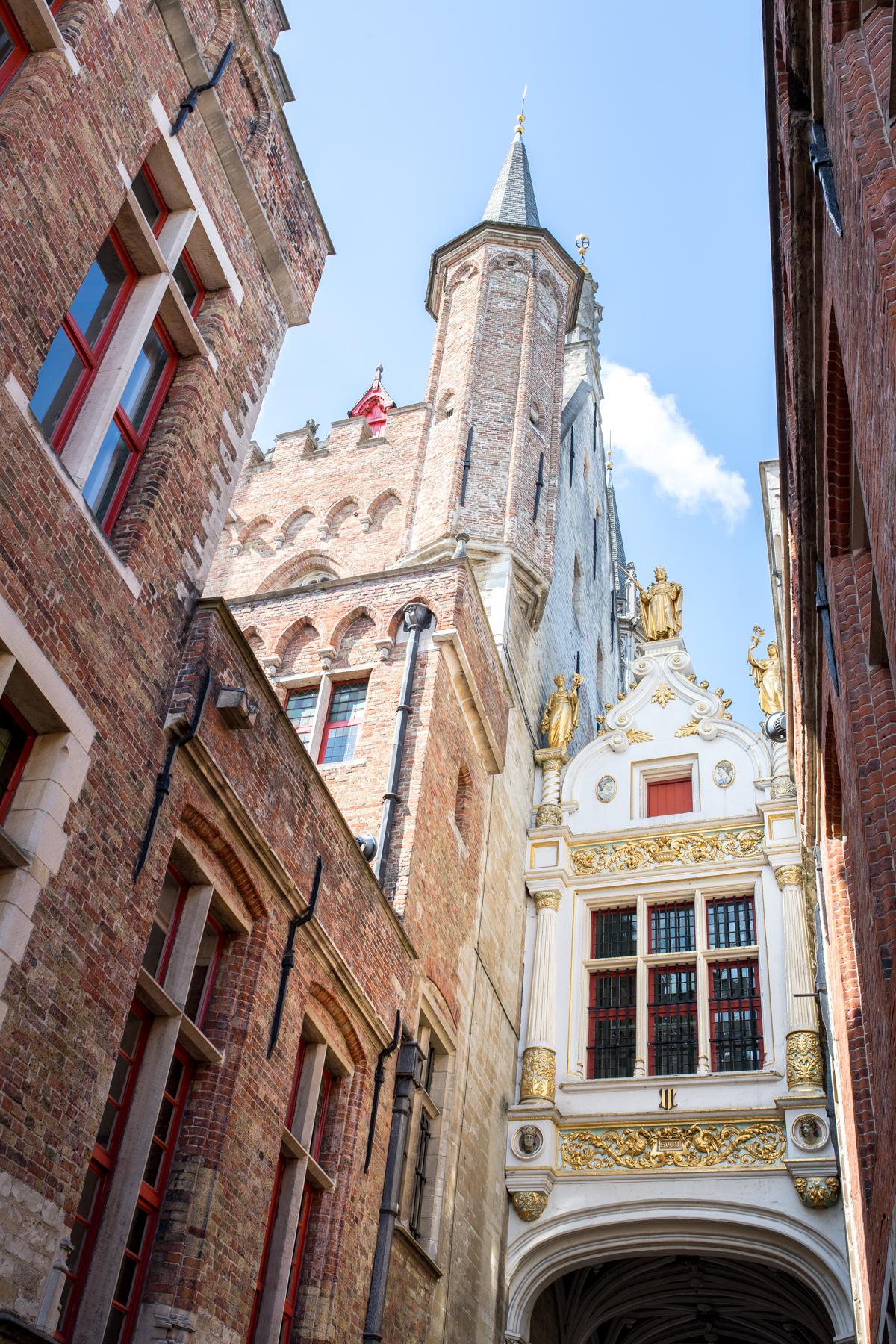 Stacie Flinner Brugge City Guide-21.jpg