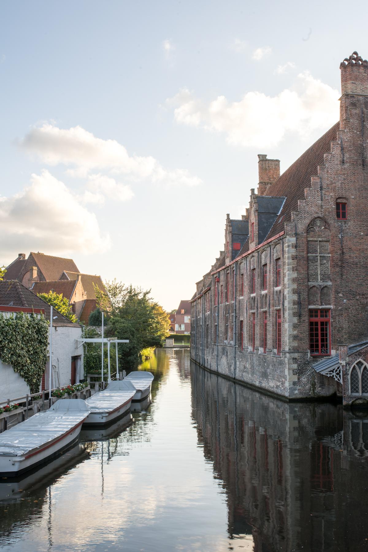 Stacie Flinner Brugge City Guide-26.jpg