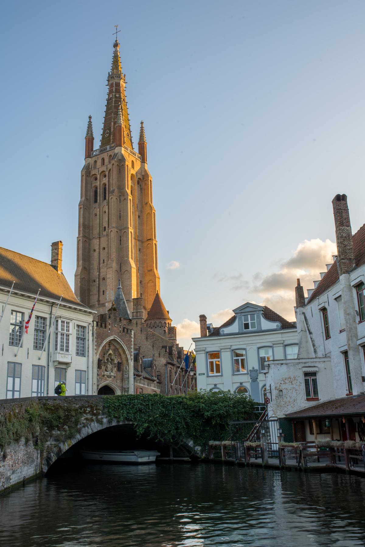 Stacie Flinner Brugge City Guide-30.jpg