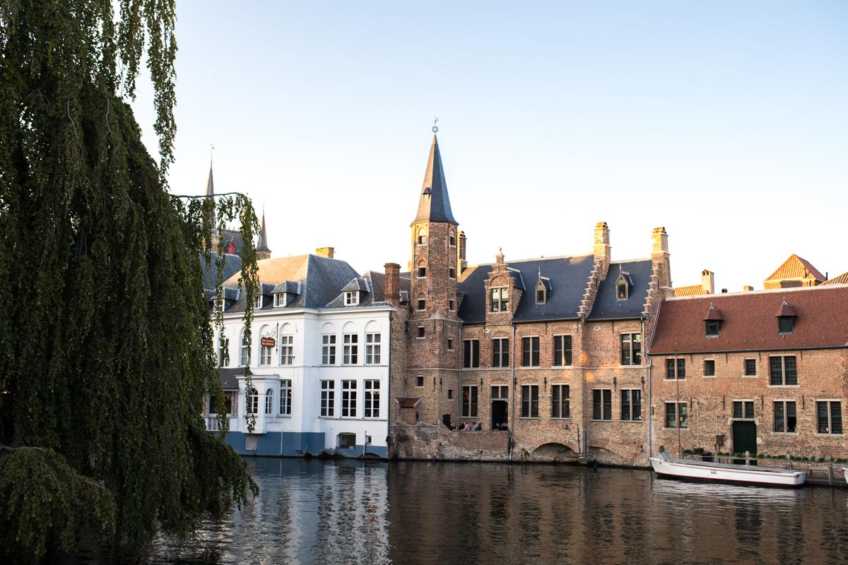 Stacie Flinner Brugge City Guide-31.jpg