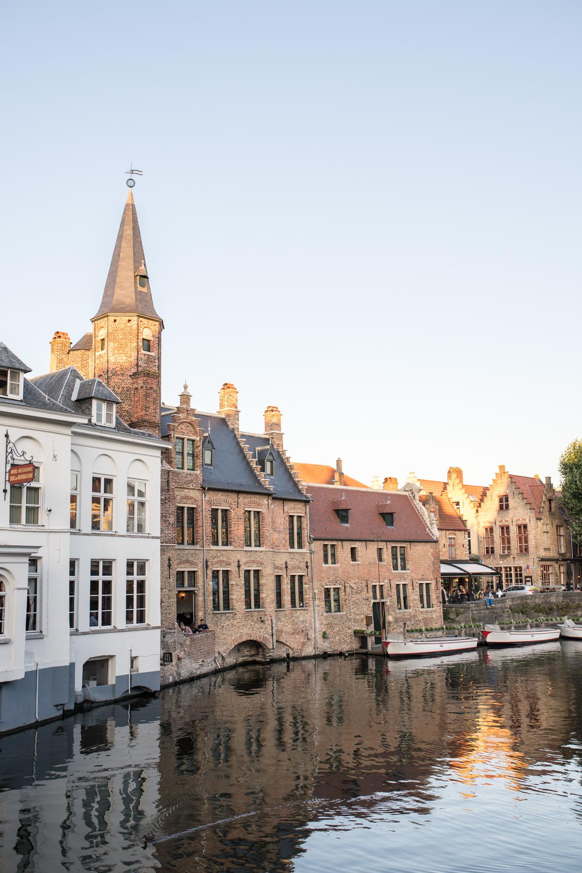 Stacie Flinner Brugge City Guide-33.jpg