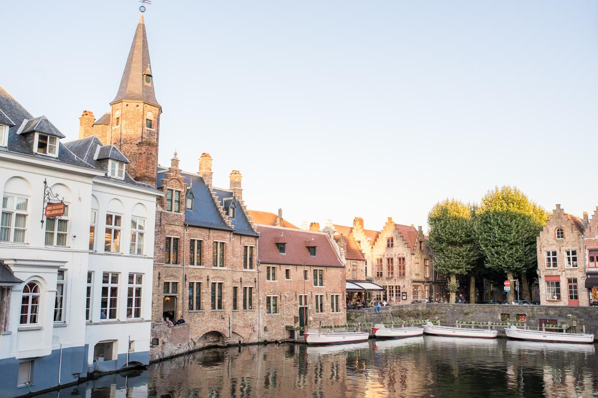 Stacie Flinner Brugge City Guide-34.jpg