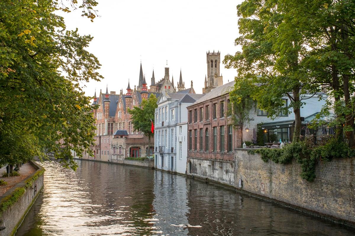 Stacie Flinner Brugge City Guide-36.jpg