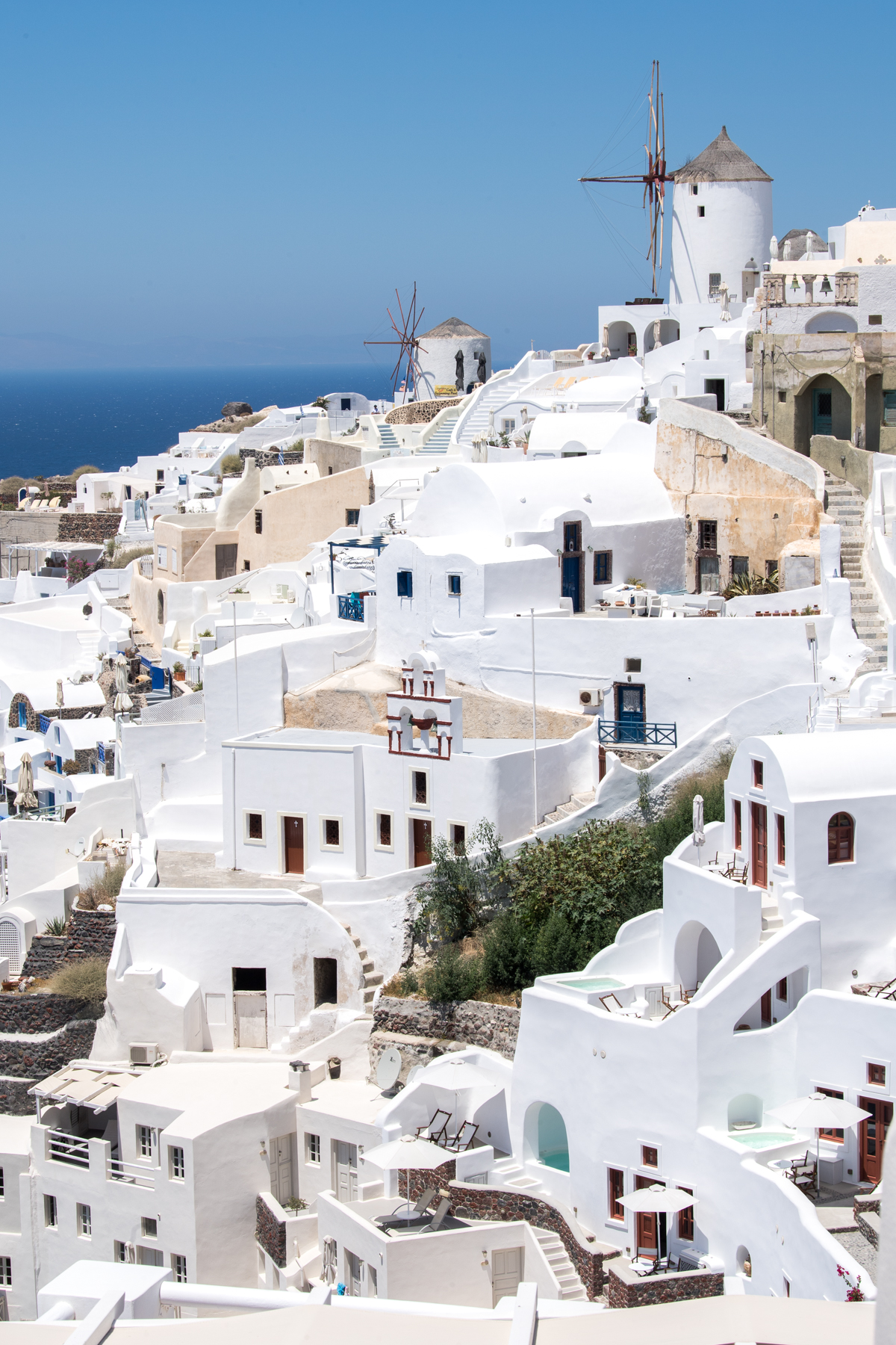 Stacie Flinner Travel Guide Santorini Greece-11.jpg