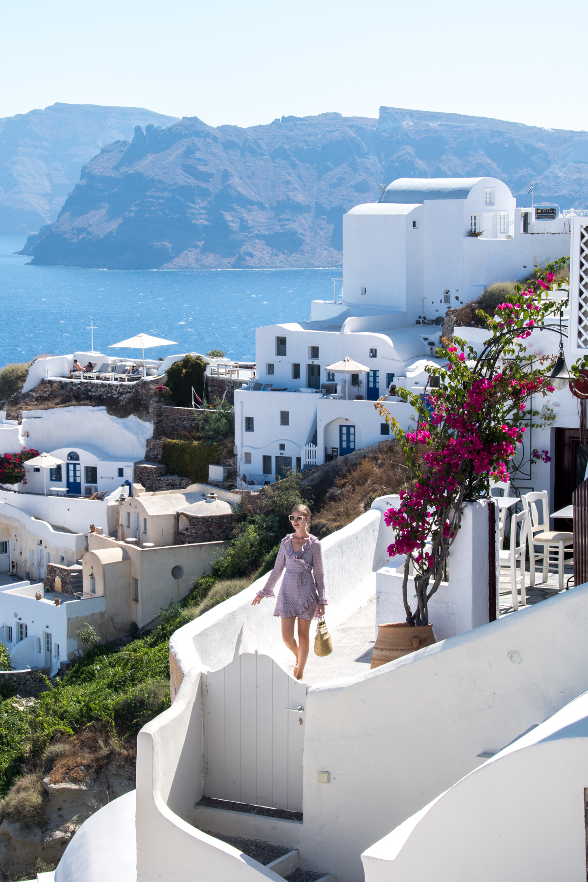 Stacie Flinner Travel Guide Santorini Greece-32.jpg