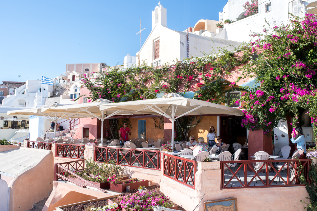 Stacie Flinner Travel Guide Santorini Greece-51.jpg