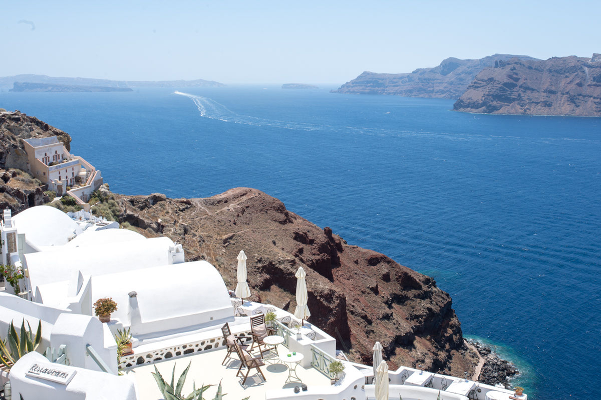 Stacie Flinner Travel Guide Santorini Greece-6.jpg