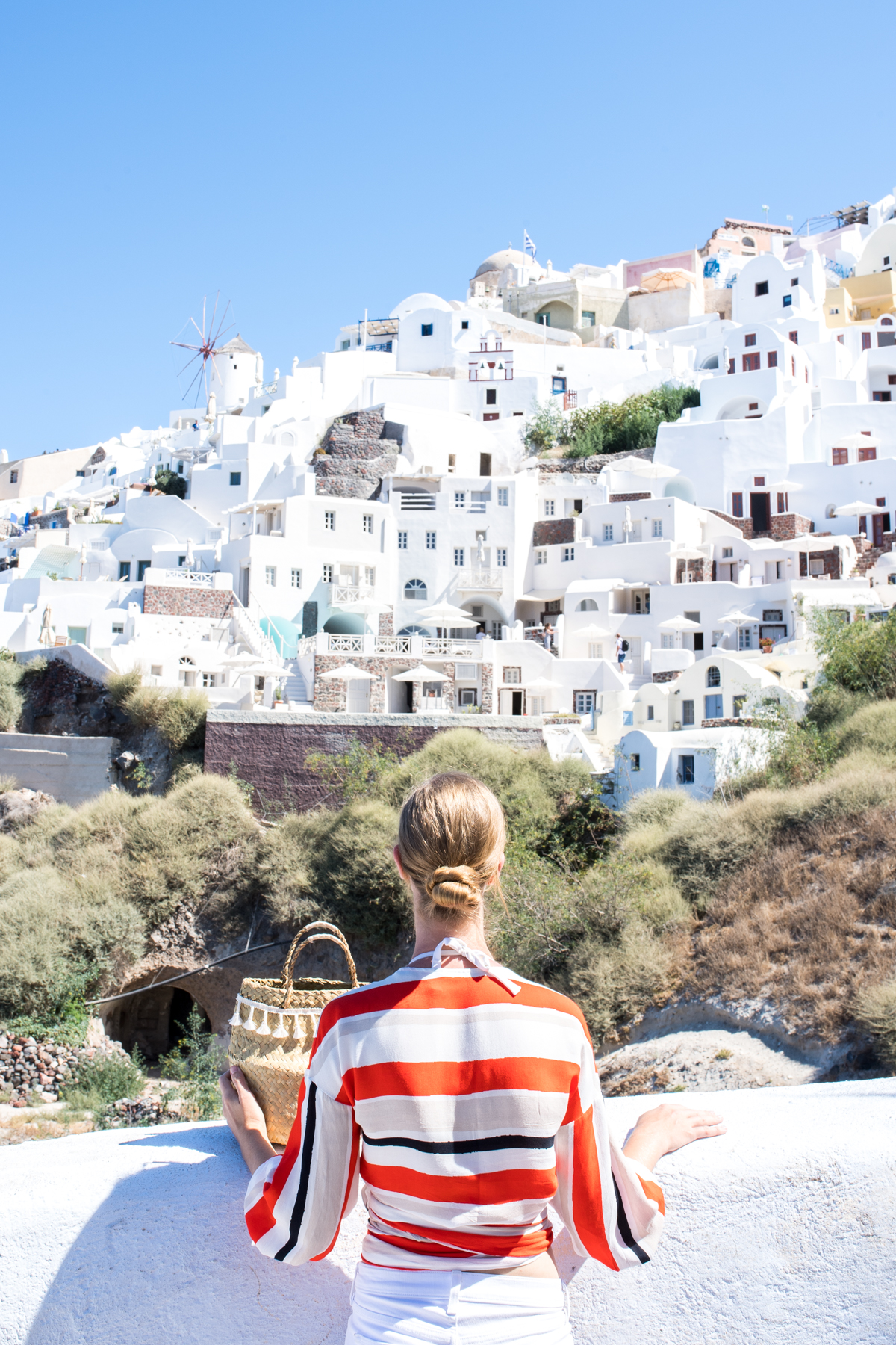 Stacie Flinner Travel Guide Santorini Greece-60.jpg