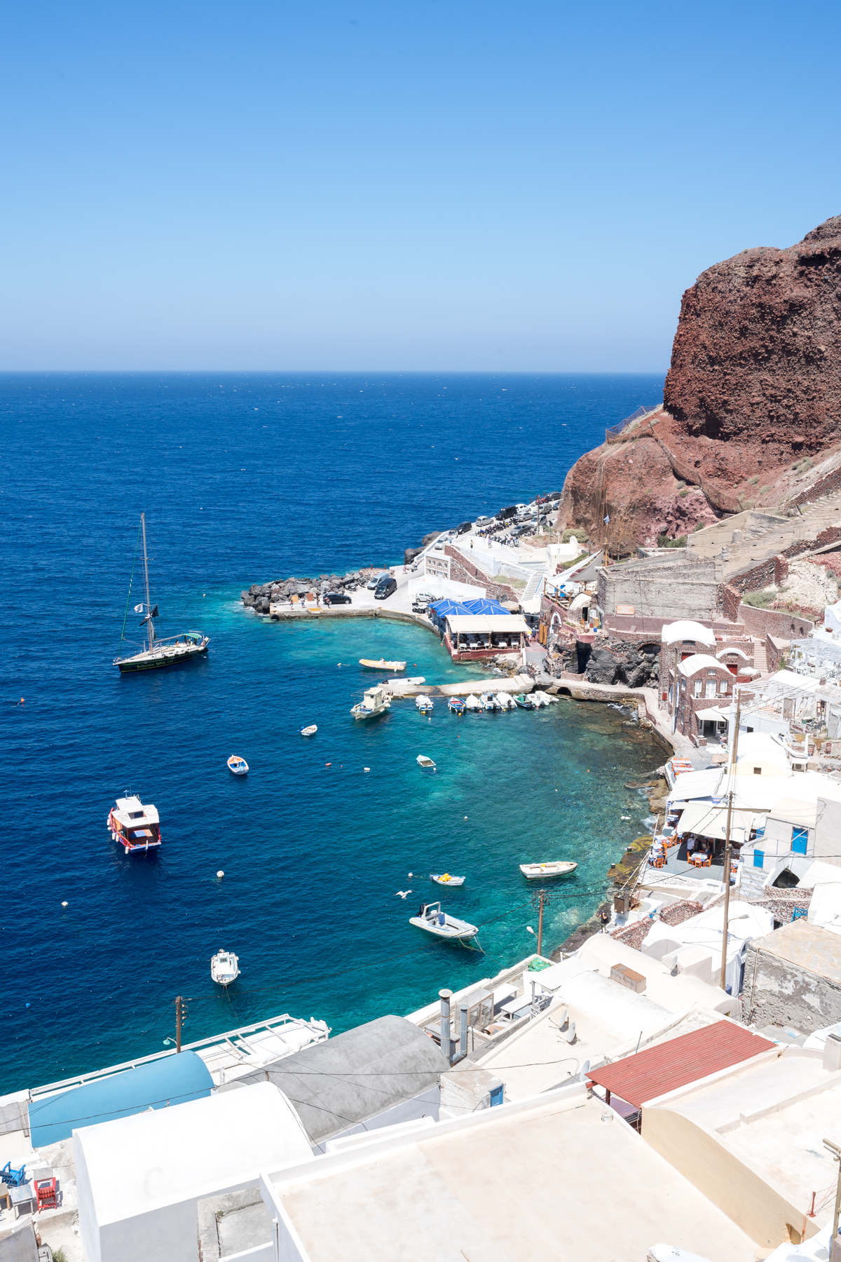 Stacie Flinner Travel Guide Santorini Greece-70.jpg