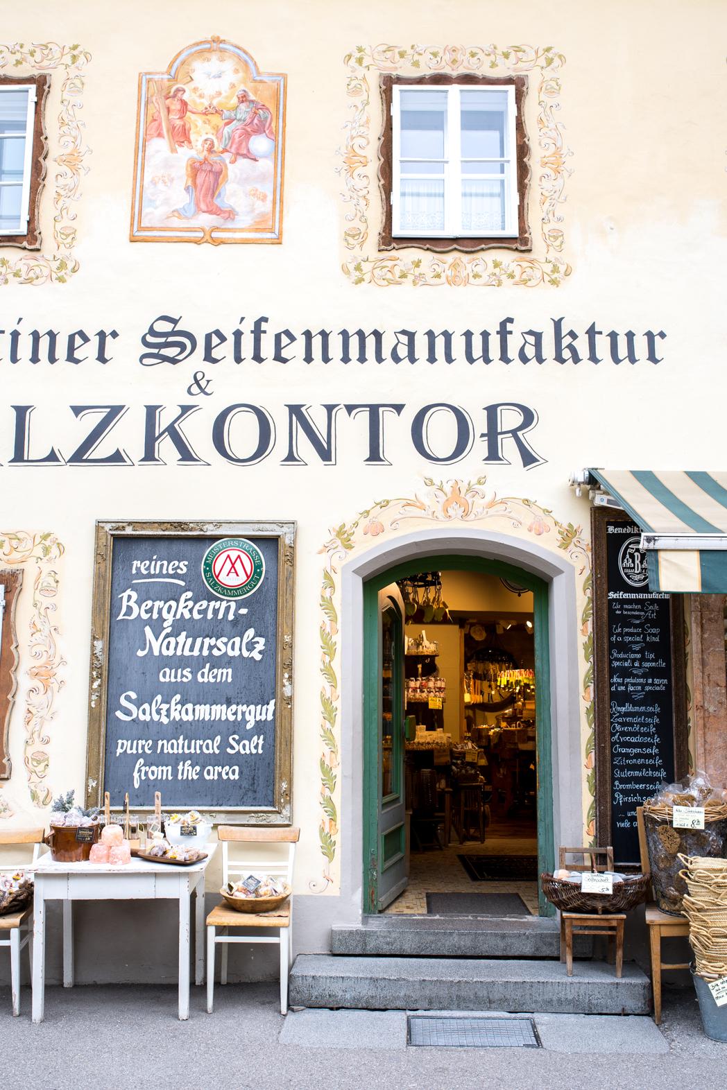 Stacie Flinner Halstatt Austria Guide-29.jpg