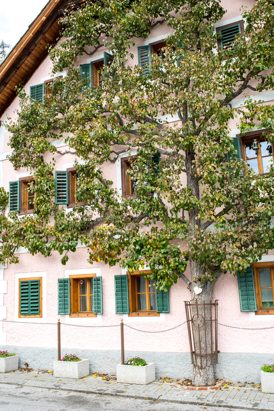 Stacie Flinner Halstatt Austria Guide-6.jpg