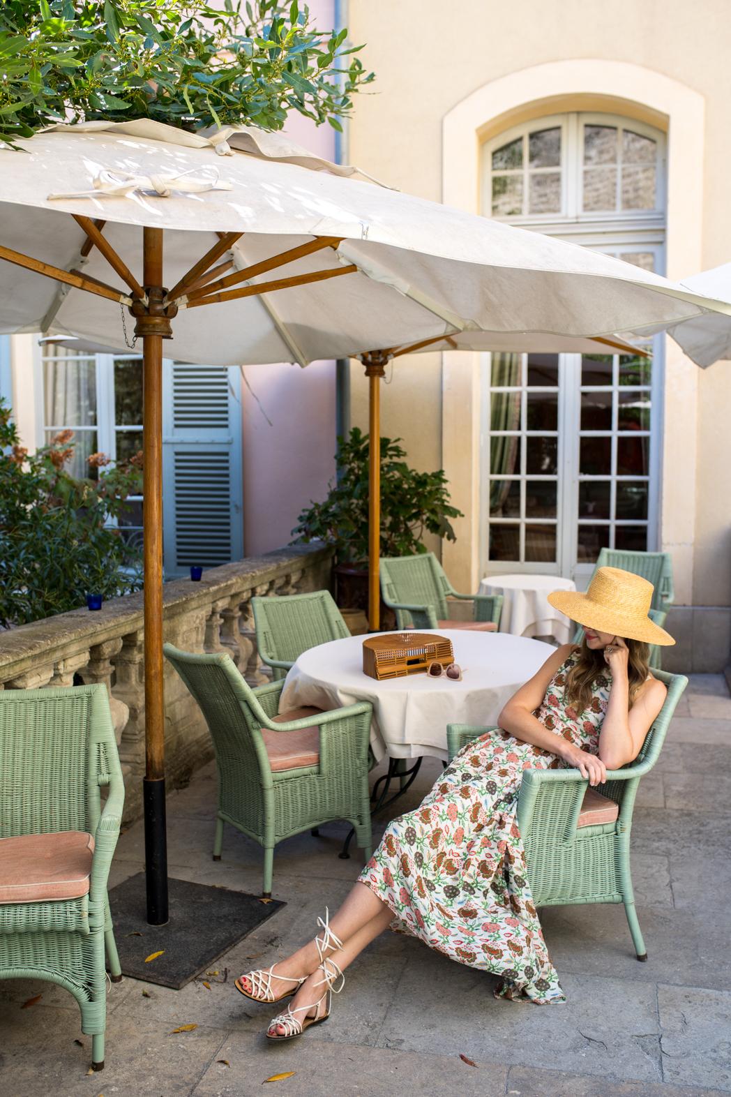Stacie Flinner La Mirande Avignon-3.jpg
