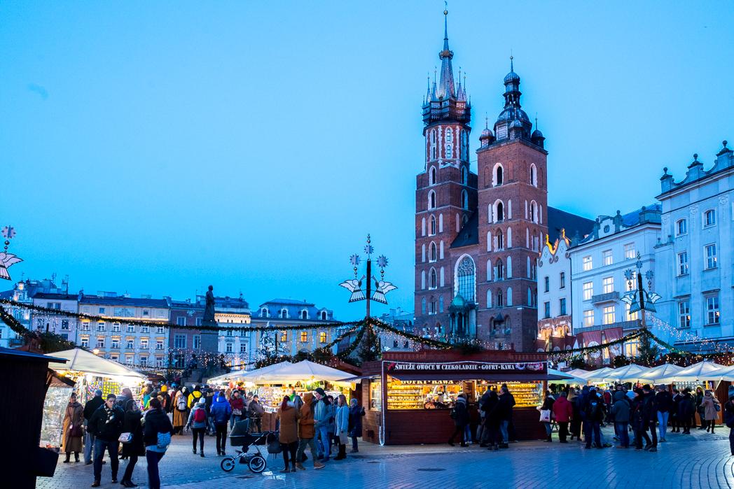 Stacie Flinner Christmas Krakow Poland-6.jpg