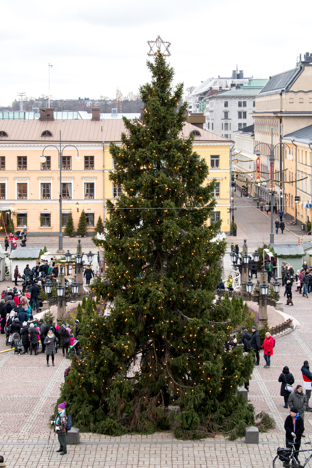 Stacie Flinner Christmas in Helskini Finland-4.jpg