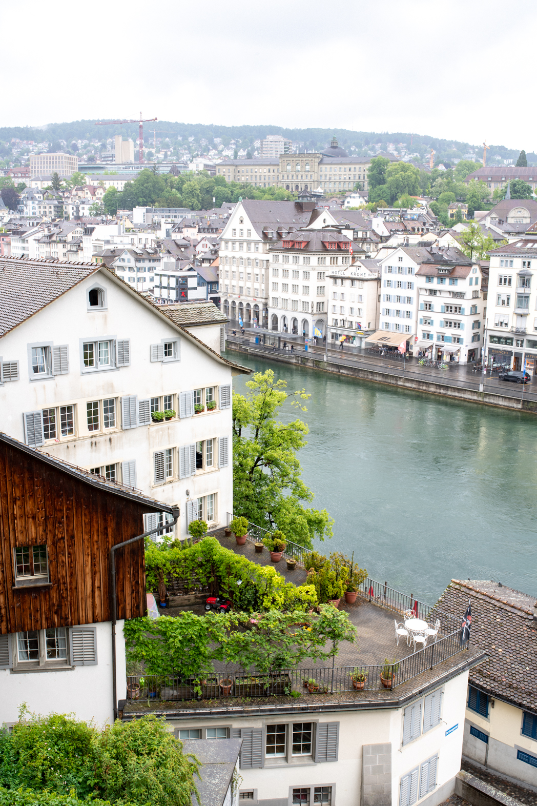 Stacie Flinner Zurich City Guide-10.jpg