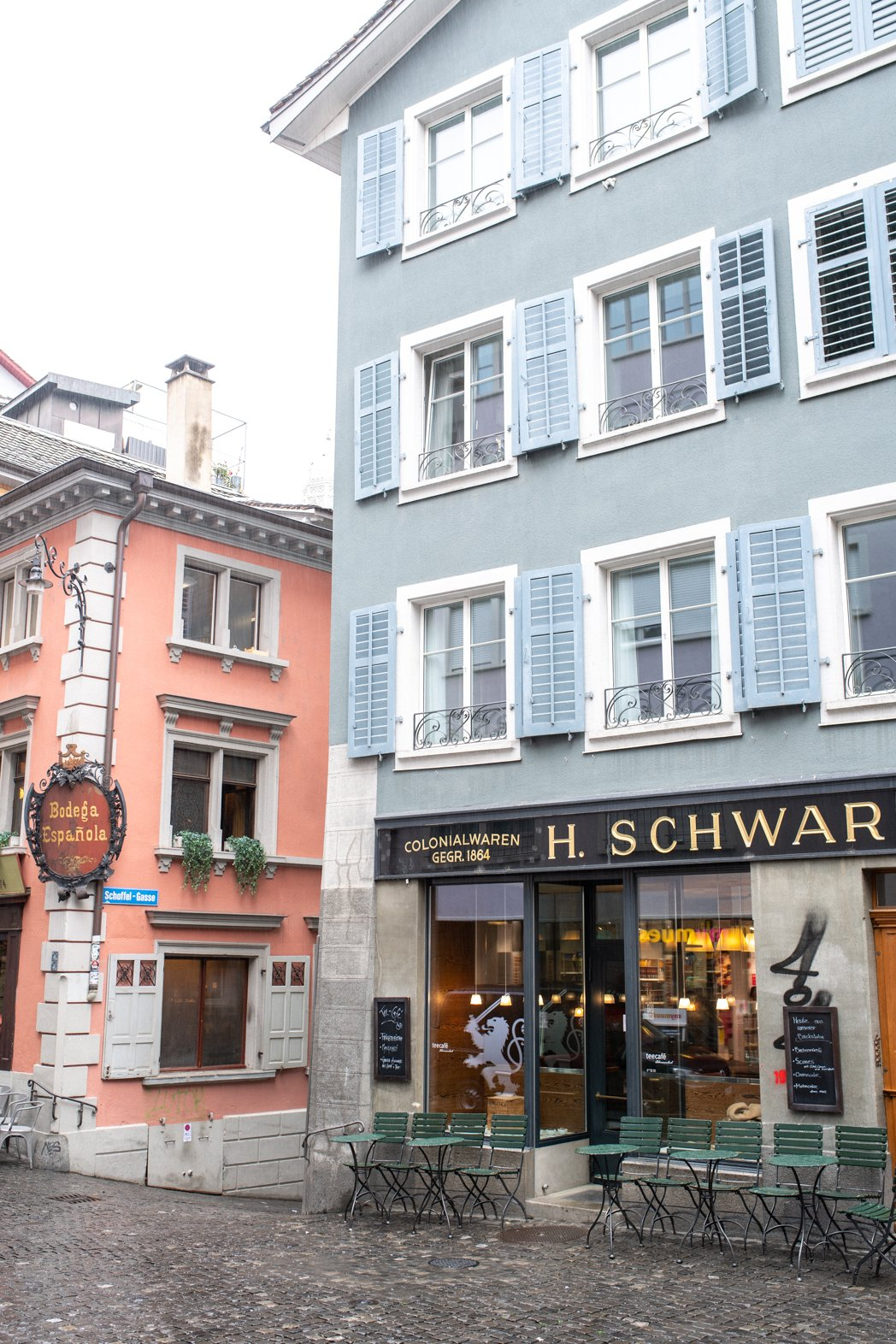 Stacie Flinner Zurich City Guide-46.jpg