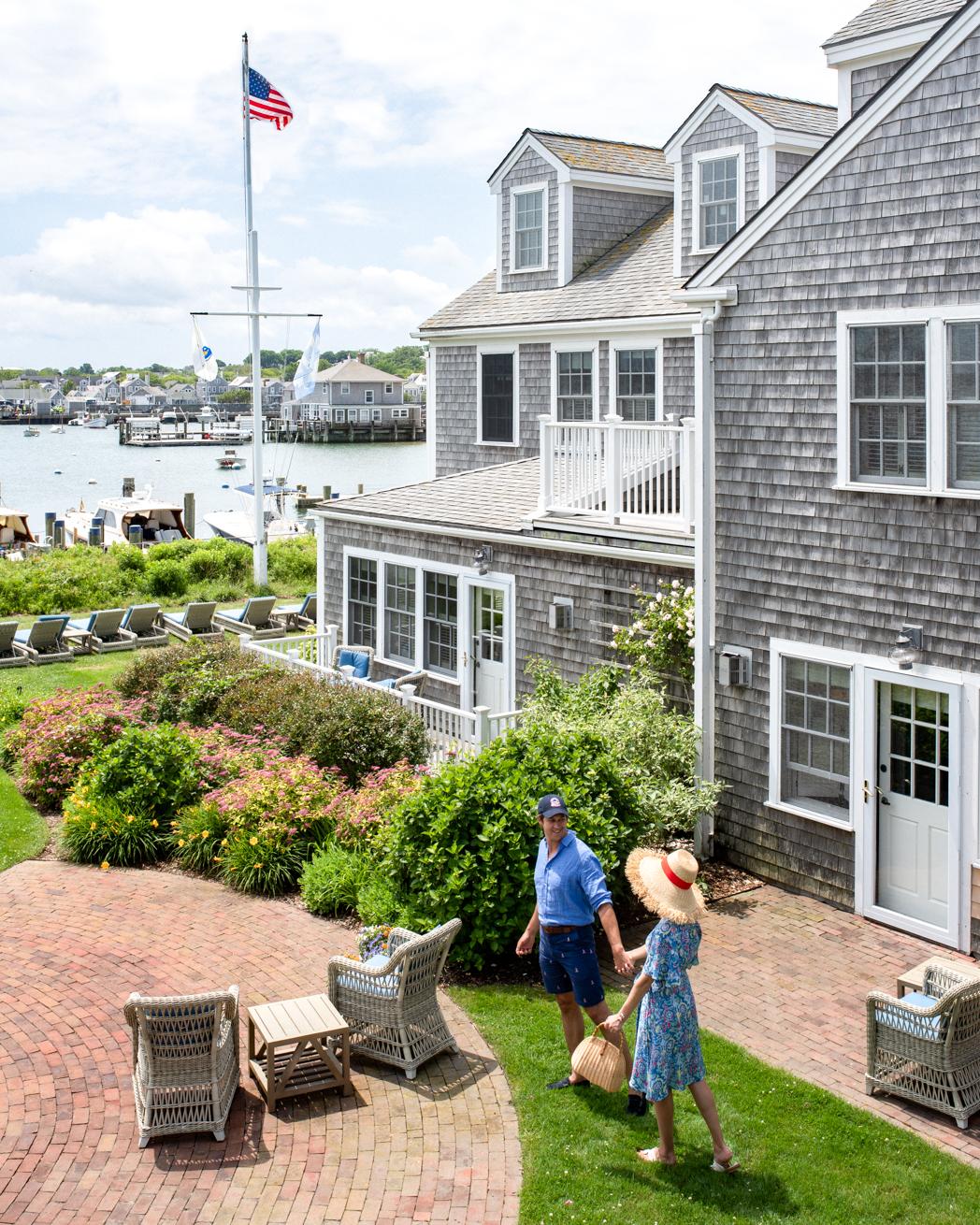 Stacie Flinner Nantucket Island Guide-20.jpg