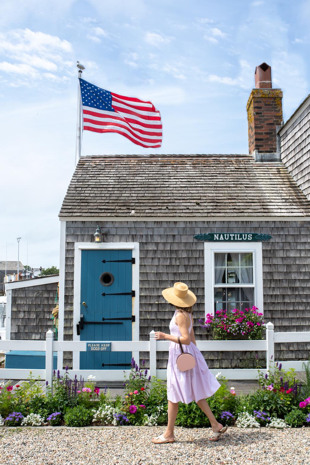 Stacie Flinner Nantucket Island Guide-7.jpg
