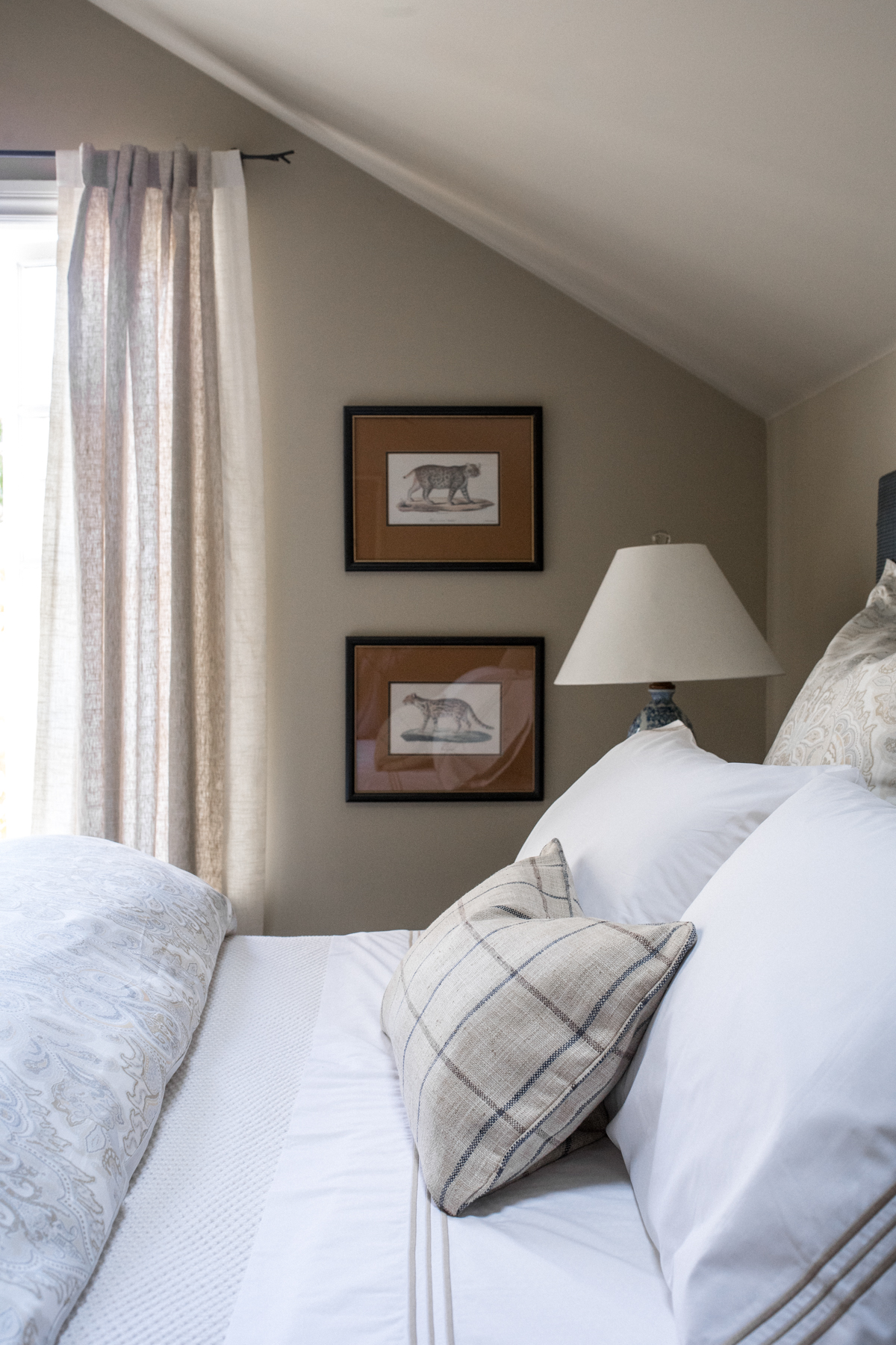 Stacie Flinner x Annie Selke Guest Room-35.jpg