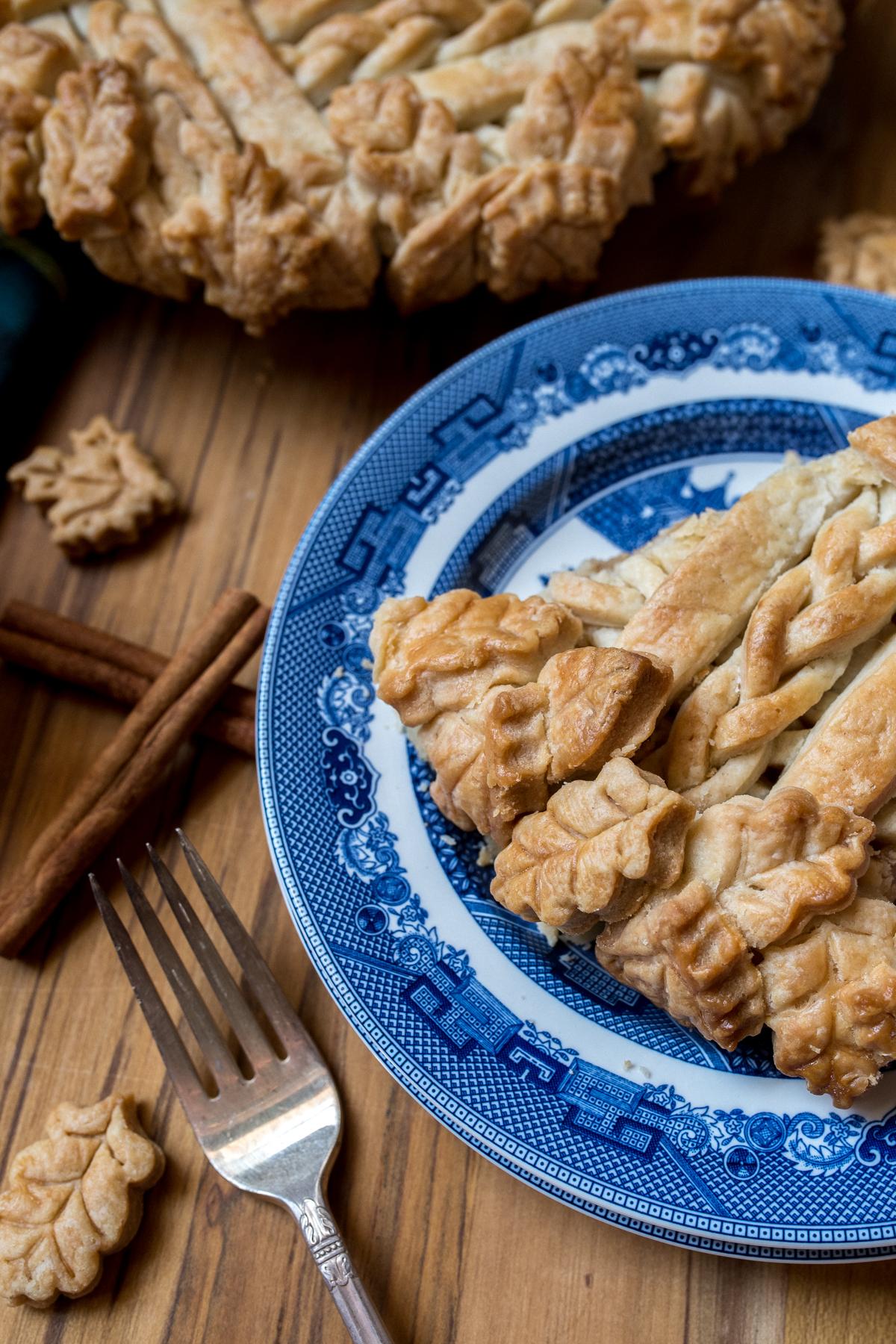 THE BEST All-American Apple Pie Recipe-13.jpg