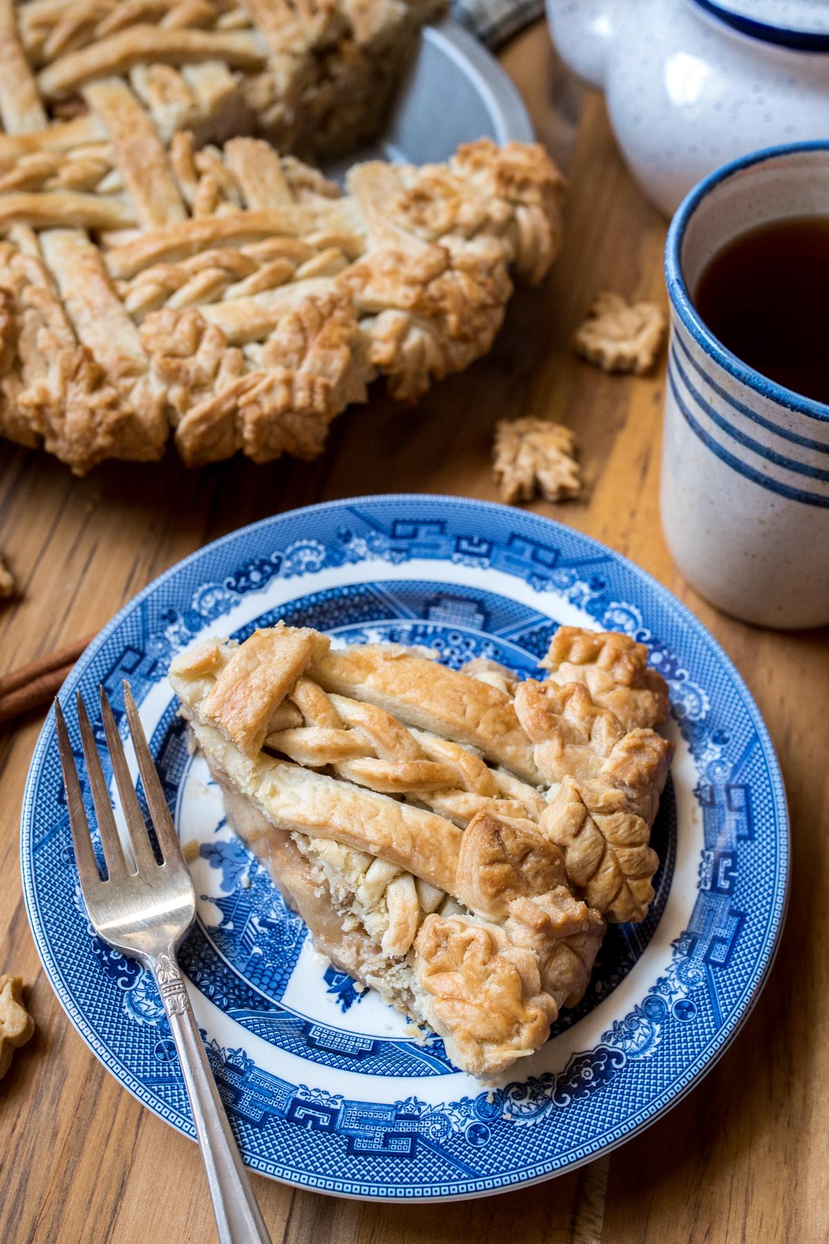 THE BEST All-American Apple Pie Recipe-8.jpg