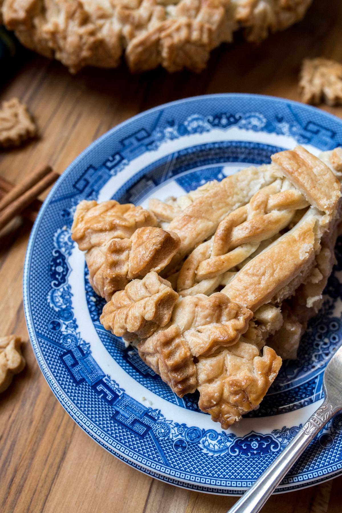 THE BEST All-American Apple Pie Recipe-9.jpg