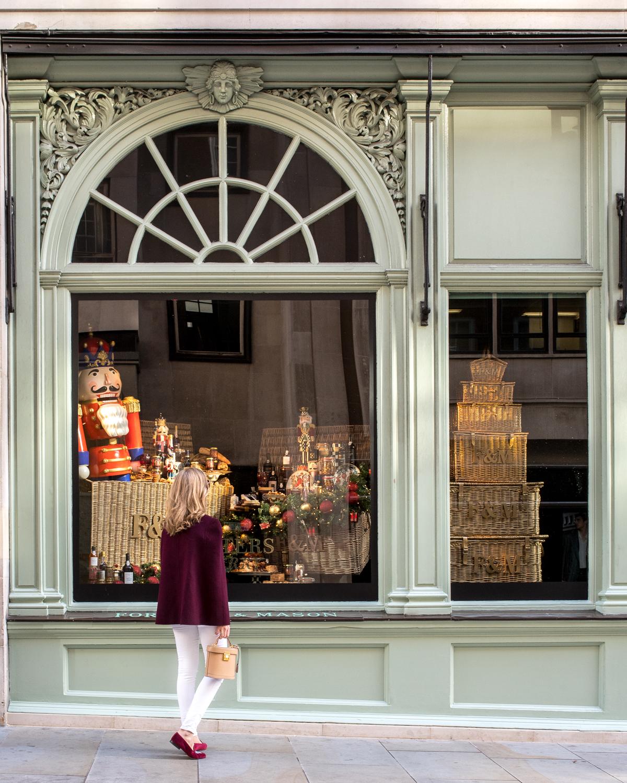 Stacie Flinner x London Christmas-1