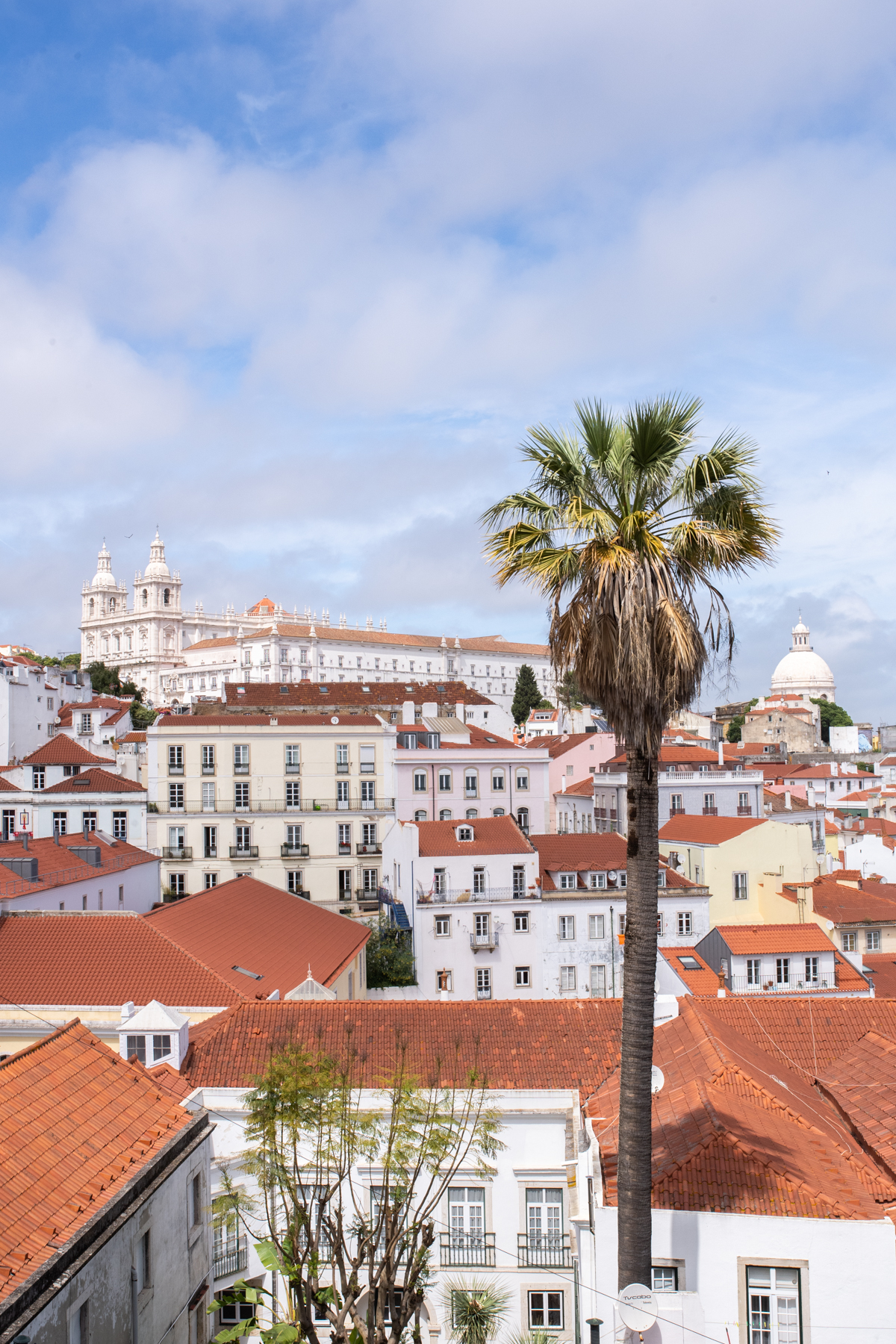 Lisbon Travel Guide x Stacie Flinner-2.jpg