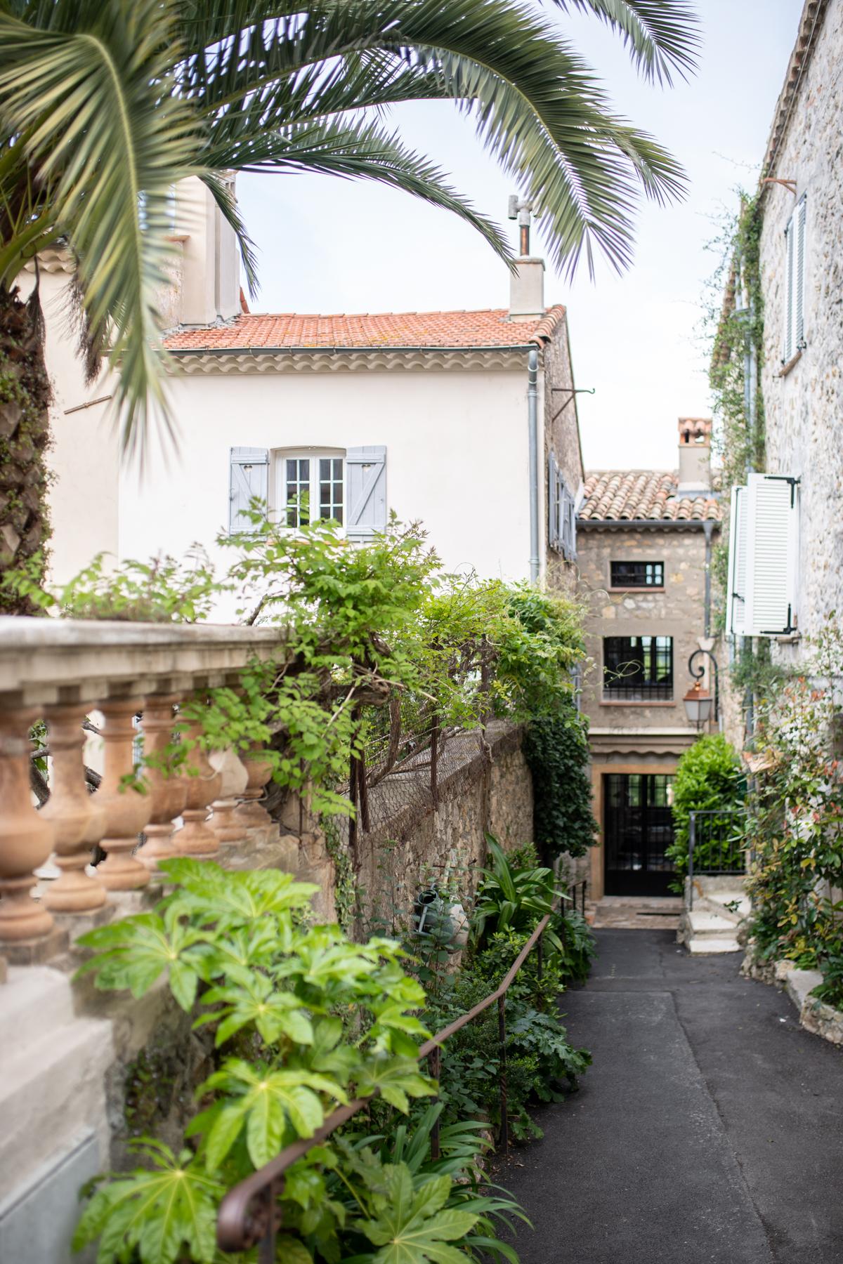 Les Rosees Mougins France x Stacie Flinner-21.jpg