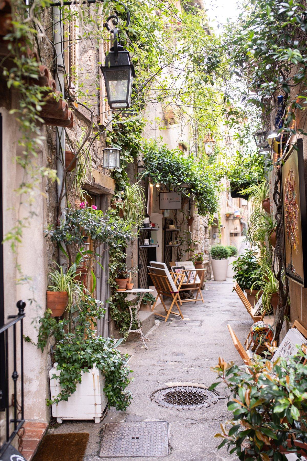 Les Rosees Mougins France x Stacie Flinner-26.jpg