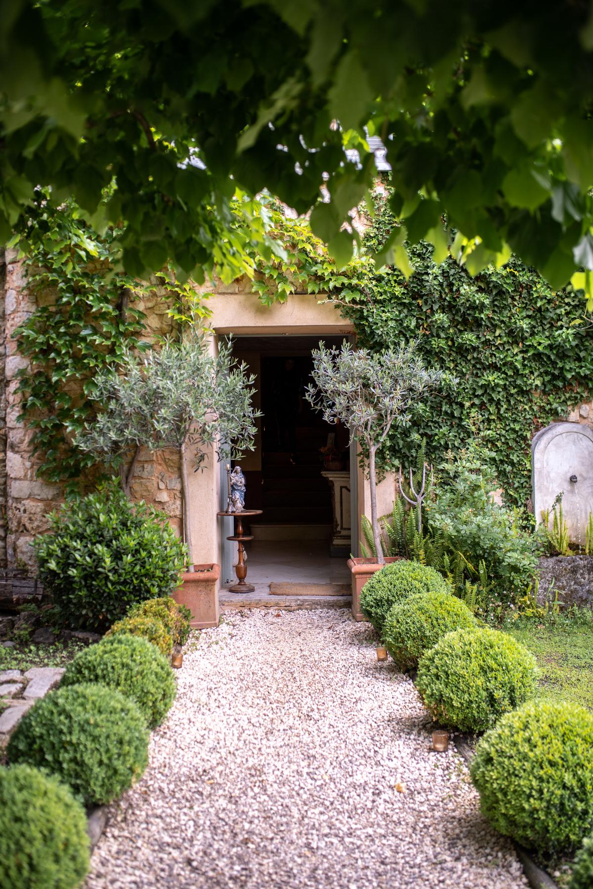 Les Rosees Mougins France x Stacie Flinner-39.jpg