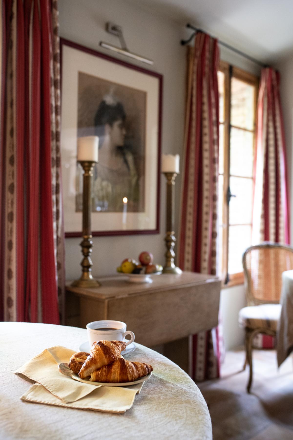 Les Rosees Mougins France x Stacie Flinner-6.jpg