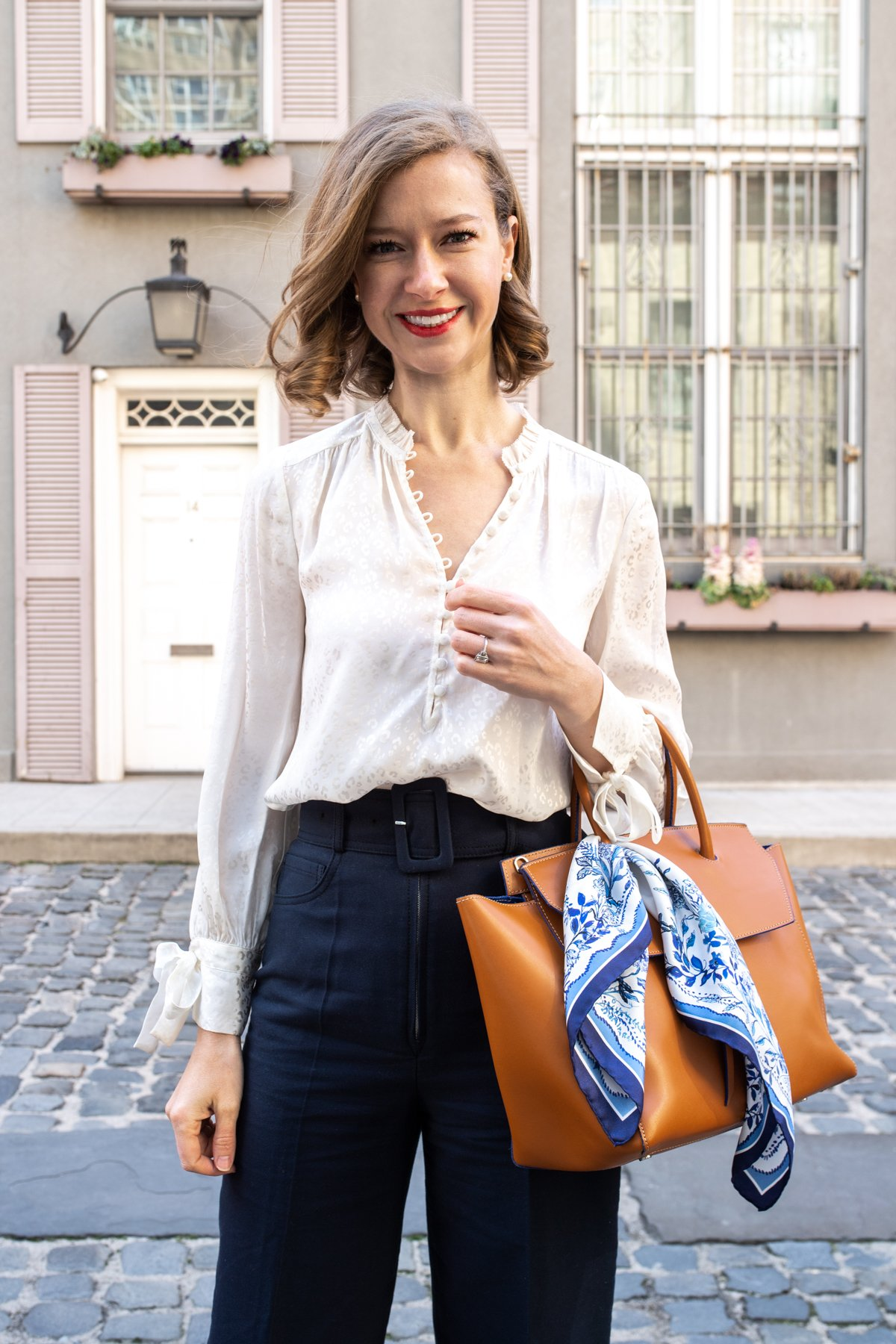 Stacie Flinner How to Style a Silk Scarf-22.jpg