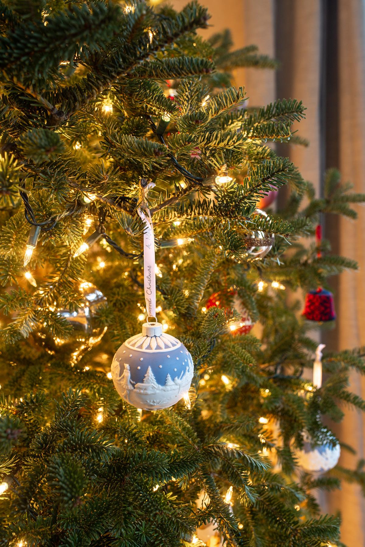 Stacie Flinner x New England Holiday Decorations-12.jpg